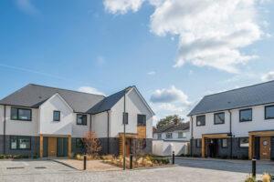 The Mayor opens a new Rosebery development in Epsom. Guy Bell, 07771 786236, guy@gbphotos.com